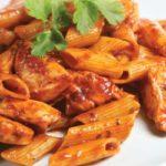 Rigatoni.con.pollo.tomate