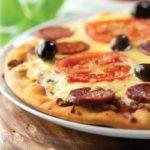 pizza.de.chorizo.y.tomate
